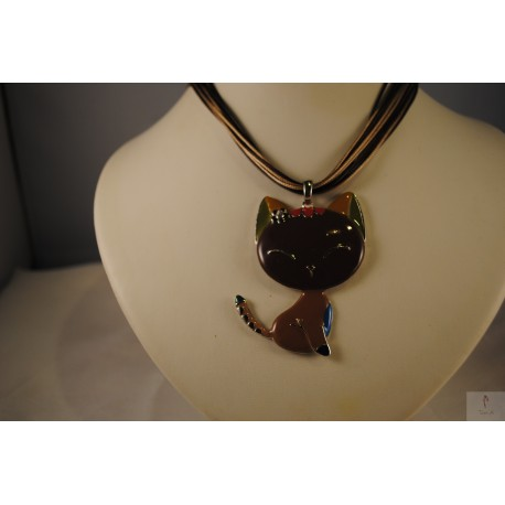 Collier émail Chaton marron